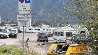 Gens du voyage: le Grand Conseil refuse de fermer l'aire de transit de Martigny