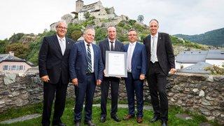 Arsène Duc a reçu le Prix Rünzi 2019 lors d'une cérémonie officielle à Sion