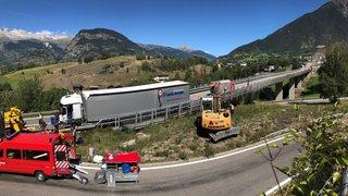 Un camion a perdu l'usage de ses freins sur la route du Simplon