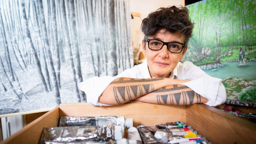 Liliana Salone se plait à conjuguer les niveaux de réalité dans son art. Une zone où tout devient possible.