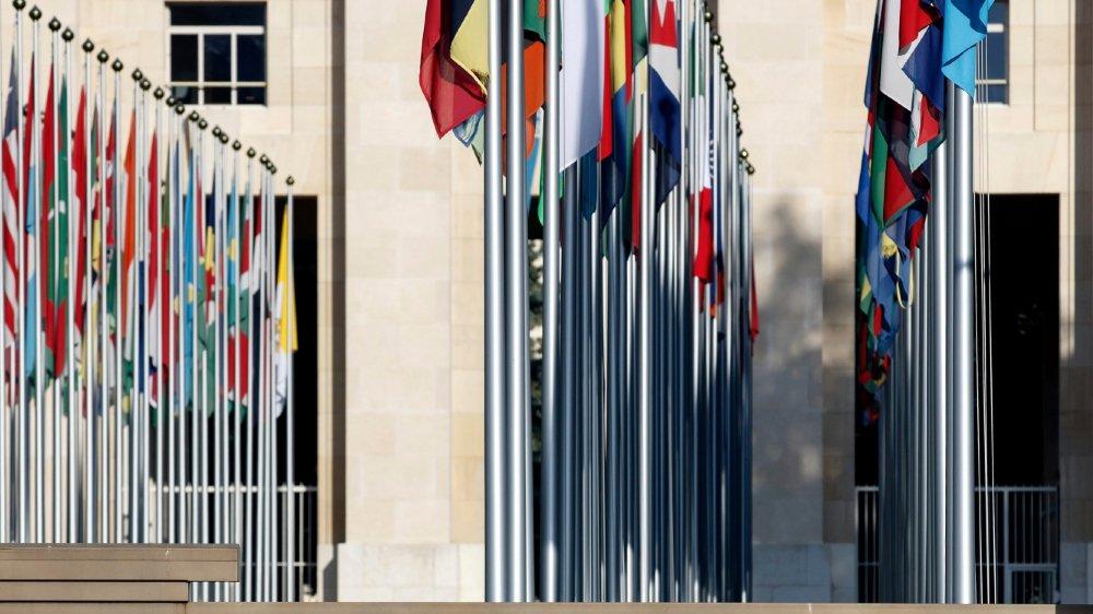 Aux Nations unies, à Genève, l'impact de la crise sur les opérations en Suisse est en cours d'évaluation.