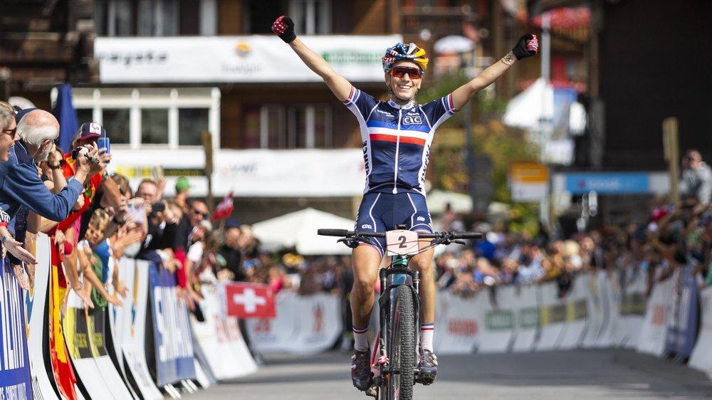 Pauline Ferrand Prevot remporte un quatrième titre mondial dans une quatrième discipline différente.