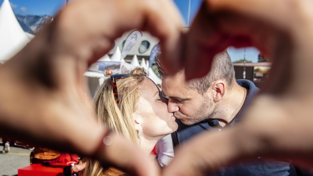Découvrez l'histoire de sept couples qui ont trouvé l'amour à la Foire du Valais.