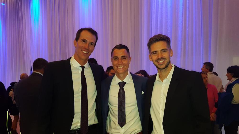 Ramon Zenhäusern, Vincent Sierro et Grégory Karlen ont reçu leur bachelor début septembre.