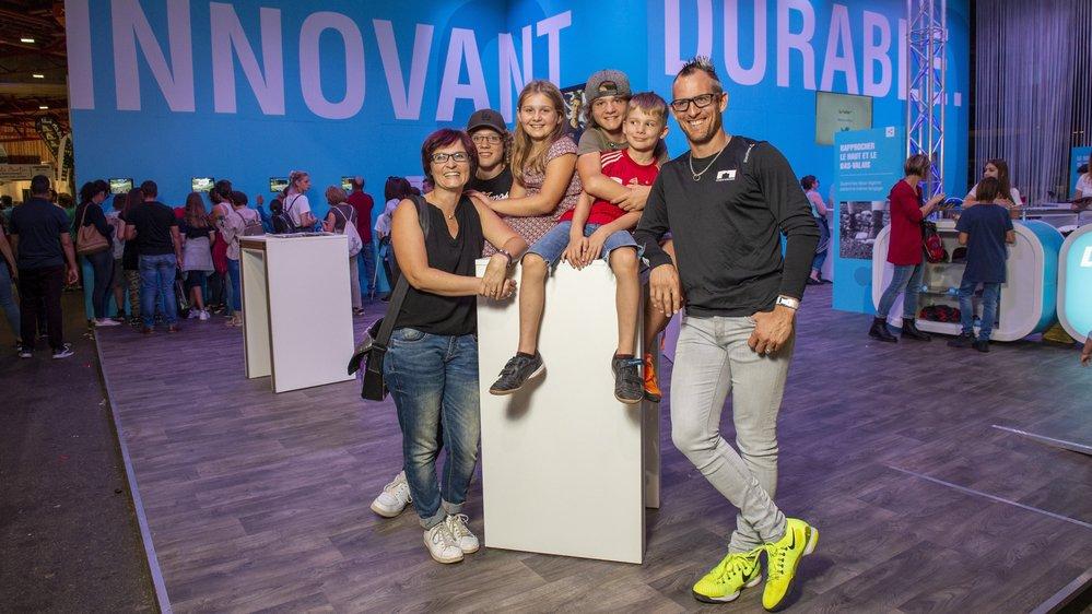Toute la famille Moret s'est lancé un défi: n'utiliser que huit sacs taxés en 2019. Elle est venue partager son expérience dimanche sur le stand du «Nouvelliste» à la Foire du Valais.