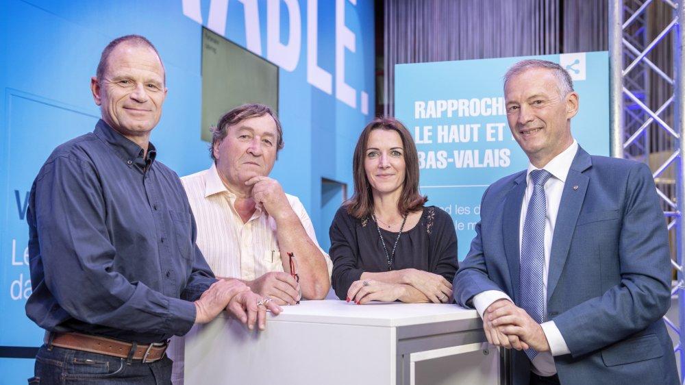 Olivier Foro, Philippe Bender, Sandra Schneider et Jean-Pierre Bringhen sur le stand du «Nouvelliste» à la Foire du Valais.