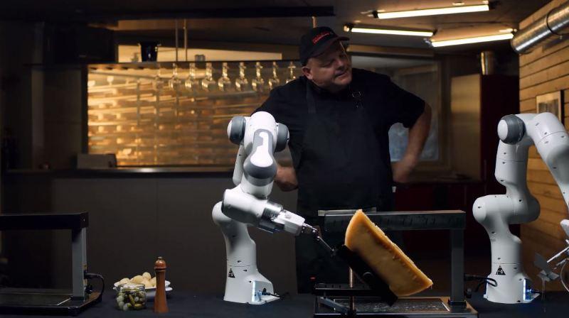 Les ovnis de la Foire du Valais (partie 1): un robot racleur la tête dans les étoiles
