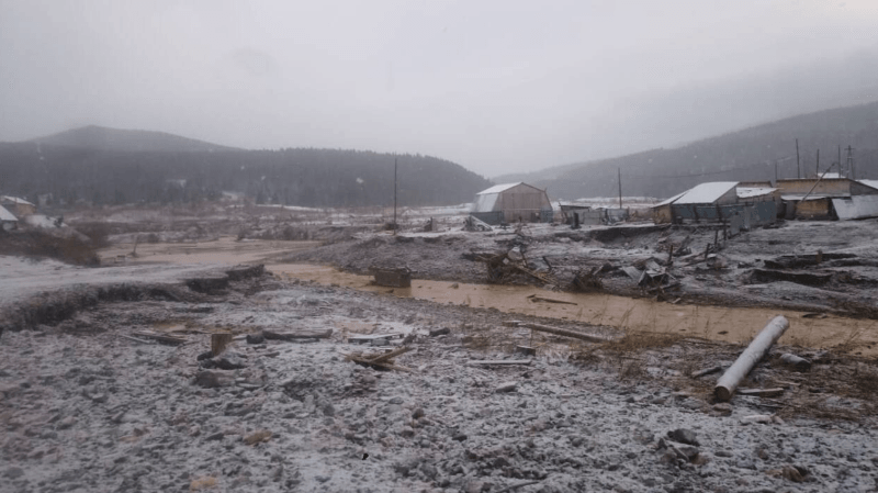 Le barrage se situe près de la région de Krasnoïarsk.