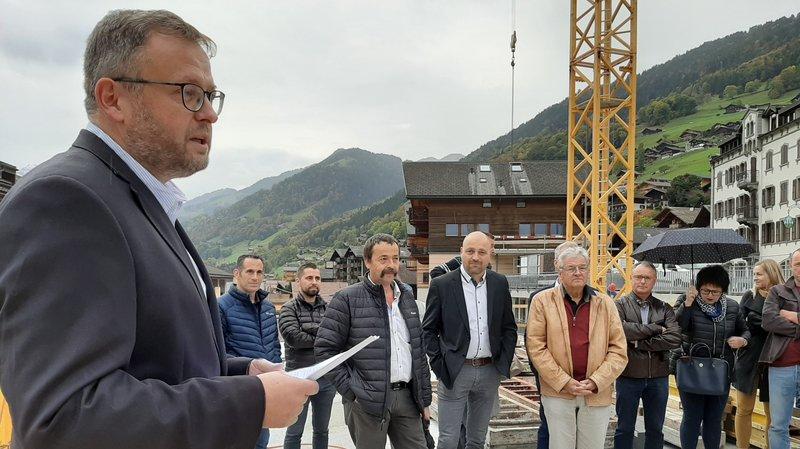 Fabrice Donnet-Monay a réuni plusieurs élus, anciens et actuels, autour du chantier.