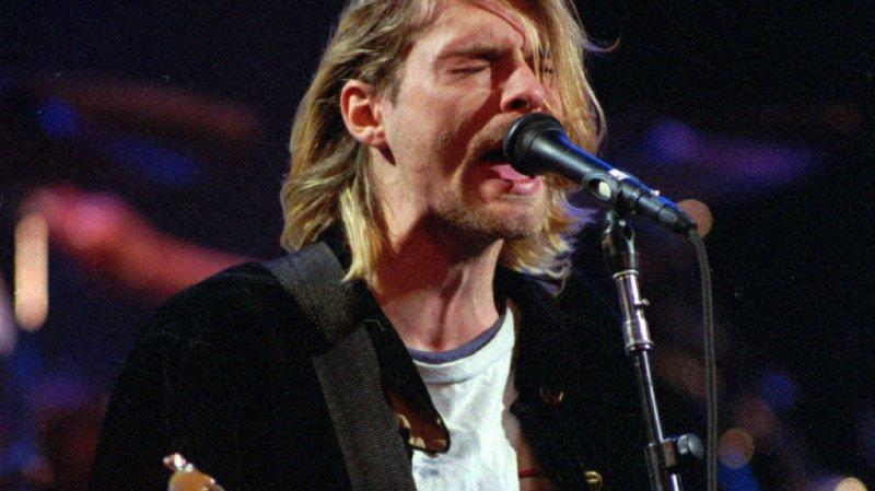 Kurt Cobain était le chanteur et guitariste du groupe Nirvana. Il est décédé à l'âge de 27 ans le 5 avril 1994.