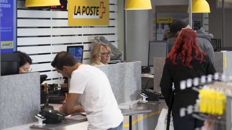 Les guichets postaux veulent diversifier leur offre de services.