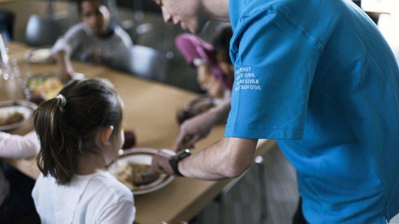 Proches aidants: les parents auront 14 semaines pour s'occuper d'enfants malades