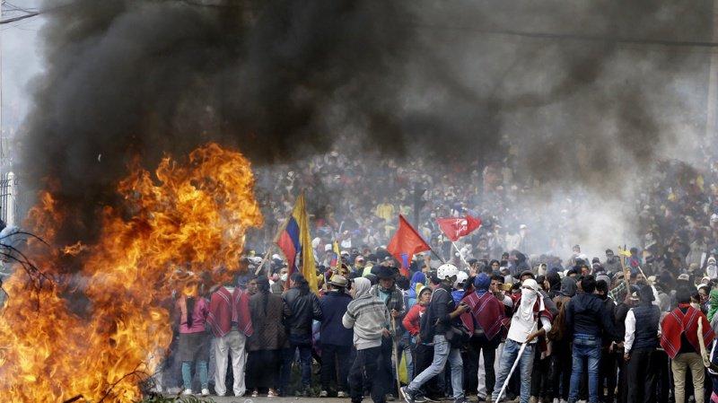 Équateur: plusieurs milliers d'indigènes protestent contre la hausse du prix de l'essence