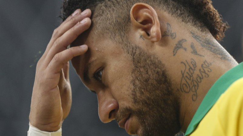 Football: Neymar absent quatre semaines