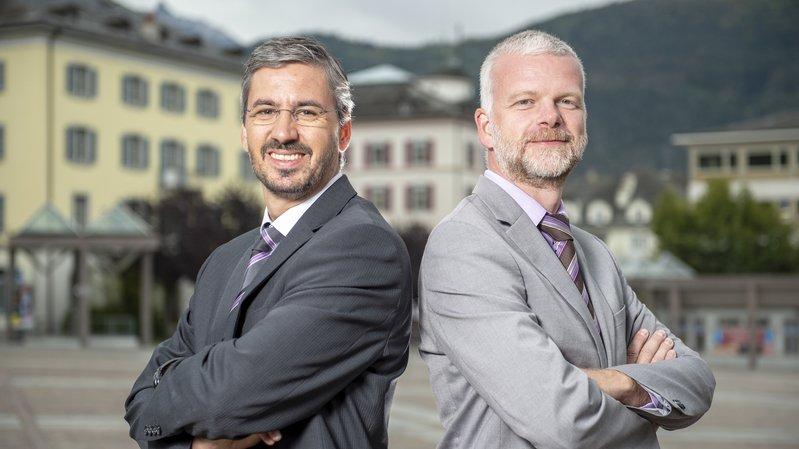 Les commissaires de police Thomas Zimmermann (Sierre, à gauche) et Bernard Sermier (Sion) ont présenté vendredi les contours de la Police régionale des villes du Centre.