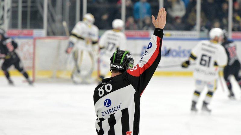 Hockey: quelques nouvelles règles en vigueur sur les patinoires suisses