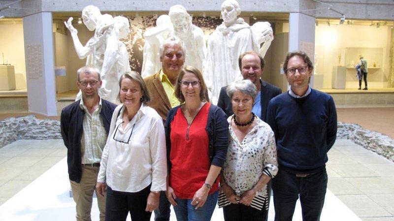 Les deux gagnantes Francine Conti (2e depuis la g.) et Morgane Frei (au centre), entourées par Jean-Paul Maye, de TMR, Léonard Gianadda, Antoinette de Wolff, Vincent Fragnière, rédacteur en chef du «Nouvelliste», et Olivier Ribordy.