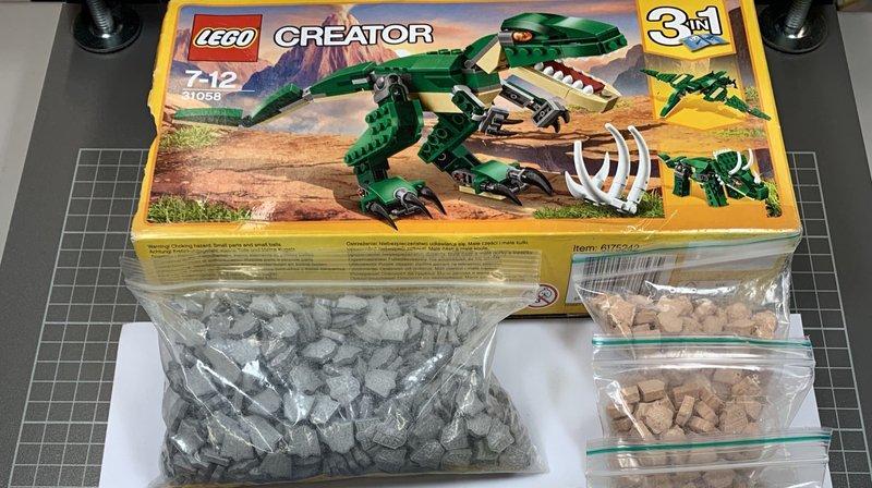 Les boîtes ne contenaient pas de pièces de Lego.