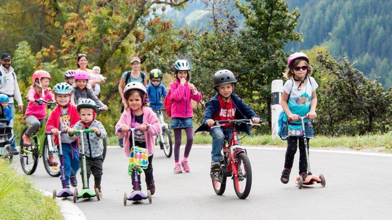 La route Saint - Luc-Ayer sera fermée à la circulation pour permettre à tous de partager une journée de mobilité douce.