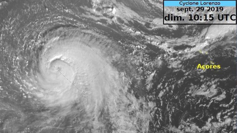 Météo: l'ouragan Lorenzo s'approche de l'Europe