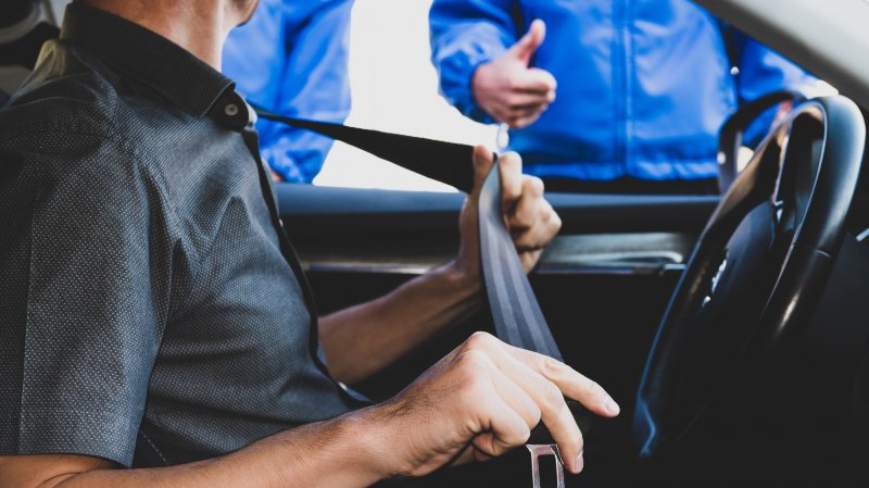 L'absence de port de la ceinture peut avoir des conséquences mortelles, surtout sur les routes escarpées de nos montagnes.