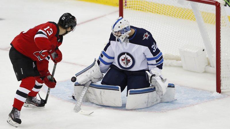 Un début de saison de NHL délicat pour Nico Hischier et les New Jersey Devils