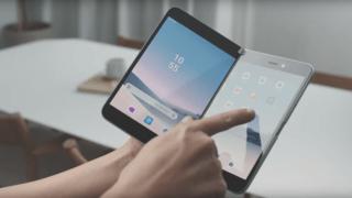 Microsoft présente le Surface Duo, son smartphone à double écran