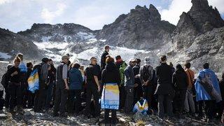 Réchauffement climatique: des funérailles en montagne pour le glacier du Pizol