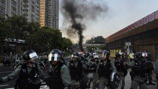 Tirs de balles en caoutchouc face aux militants