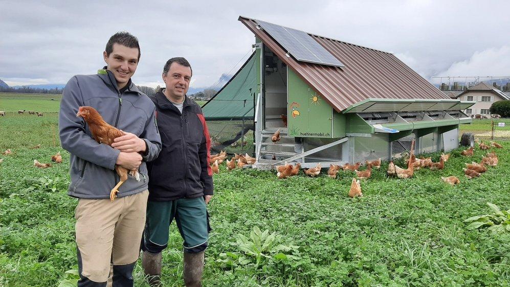 Sylvain Arlettaz et son papa Fabrice sont enchantés de cette installation innovante.