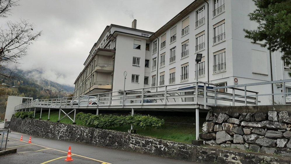 L'hôpital de Monthey est désormais inaccessible au public. Hormis la permanence médicale.