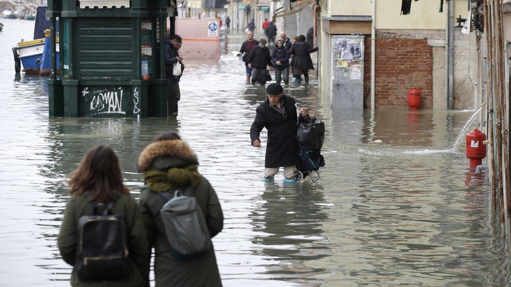 Marée haute à Venise: nouvelle alerte météo attendue samedi