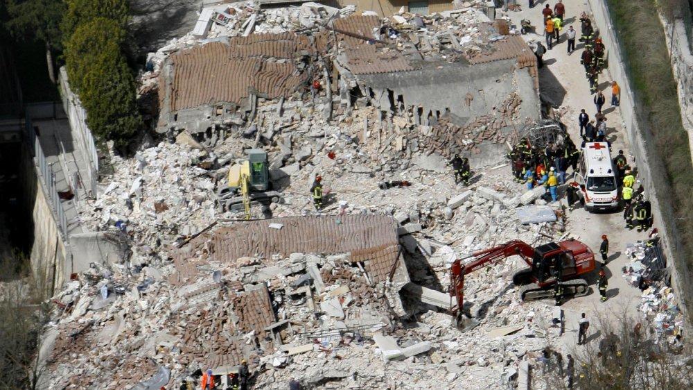 Scénario de référence pour le Valais, le séisme d'Aquila en 2009 avait endommagé ou détruit près de 10000 bâtiments.