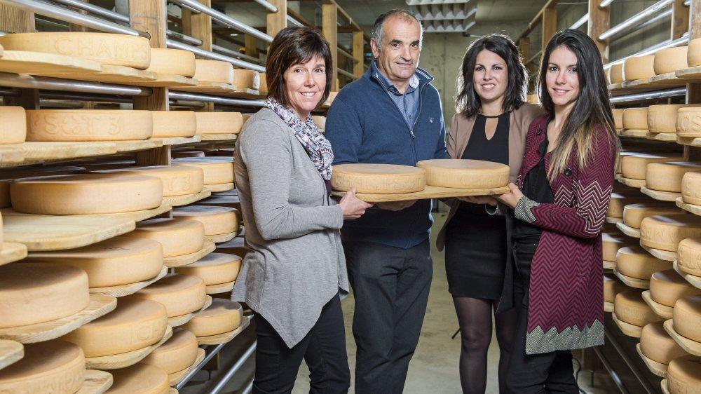 La famille Dubosson, Sylvie, Jojo, Aline et Isabelle, est lauréate du Mérite agricole 2019.