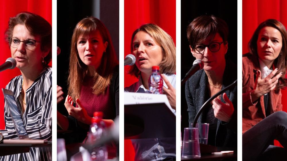 Cinq anciennes étudiantes du Collège de l'Abbaye ont donné leur vision de la réussite au féminin.