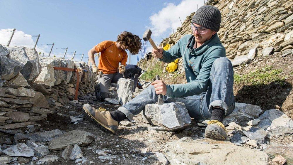 La réalisation de murs en pierres sèches est un art qui fait partie du patrimoine immatériel de l'UNESCO depuis novembre 2018.