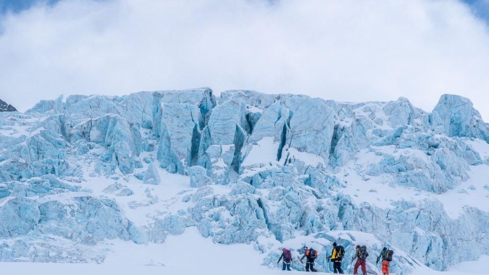 Dans «Shelter», Julien Roserens a inversé les codes des films de snowboard. La montagne tient le premier rôle et la performance s'inscrit au deuxième plan.
