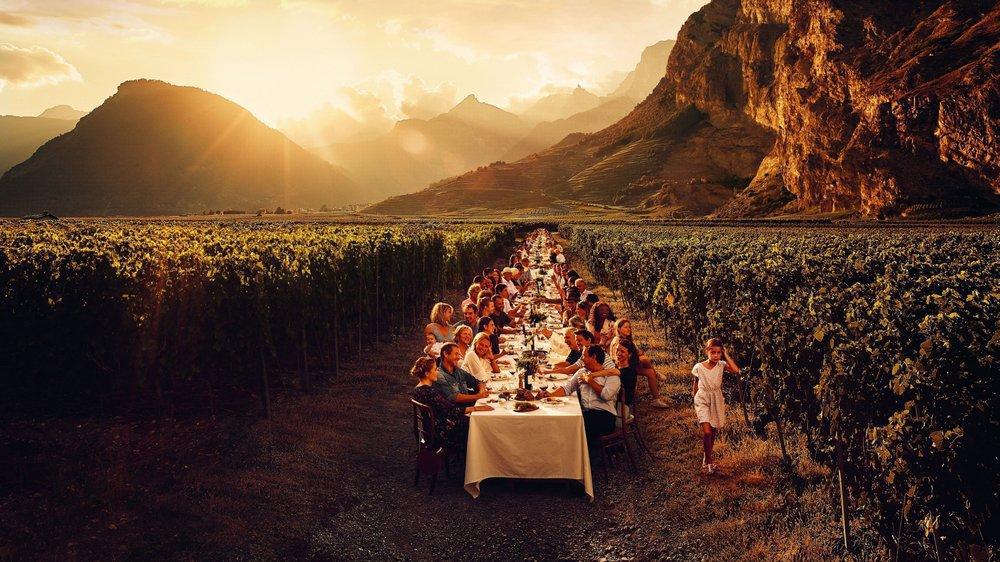 «Tavolata», campagne de pub pour l'Interprofession de la Vigne et du Vin par OCTANECommunication.