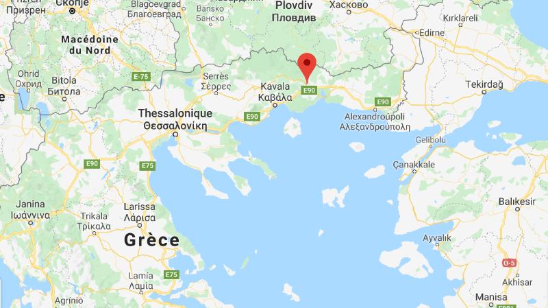 Le conducteur a été arrêté lundi matin sur l'autoroute Egnatia en direction de la ville de Thessalonique, près du péage de la ville de Xanthi, selon la police.