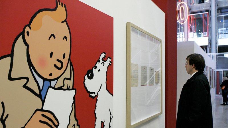 La planche en question met en scène Tintin et son chien Milou en train de ravir le sceptre d'Ottokar des mains des malfrats.