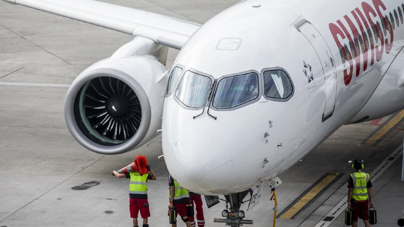 Incident aérien: des pièces de moteur d'un avion de Swiss retrouvées en France