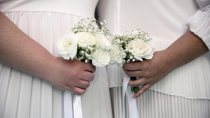 La Fédération des Eglises protestantes de Suisse s'ouvre un peu plus au mariage pour tous.