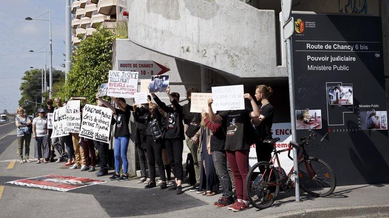 Genève: trois militants antispécistes devant le tribunal