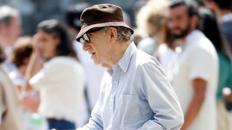 Cinéma: Woody Allen retire sa plainte contre Amazon