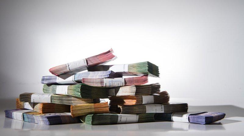 Les ménages suisses épargnent en moyenne 1460 francs par mois