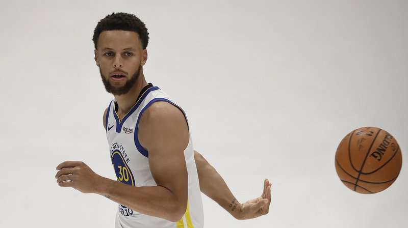 Déjà peu en verve en ce début de saison, les Golden State Warriors vont en plus être privé de leur maître à jouer Stephen Curry.