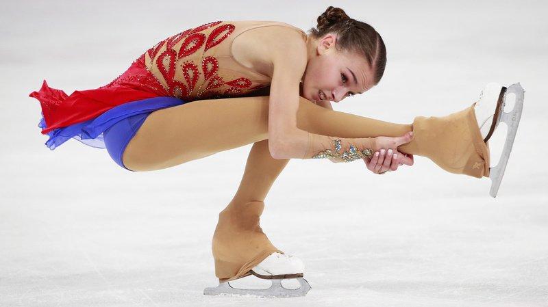Anna Shcherbakova a notamment placé deux quadruples lutz en entrée de programme.