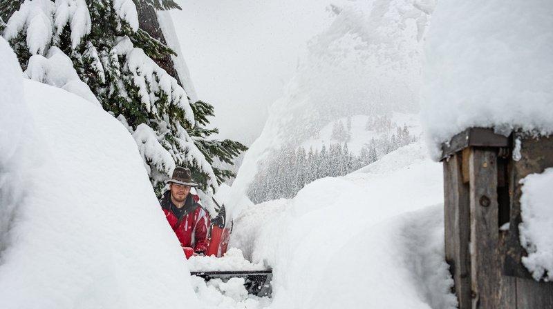 Grisons: il est tombé plus de 70 centimètres de neige à Santa Maria, un record