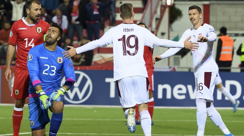 C'est Itten (n°19) qui a ouvert la marque pour la Suisse à la 10e minute.
