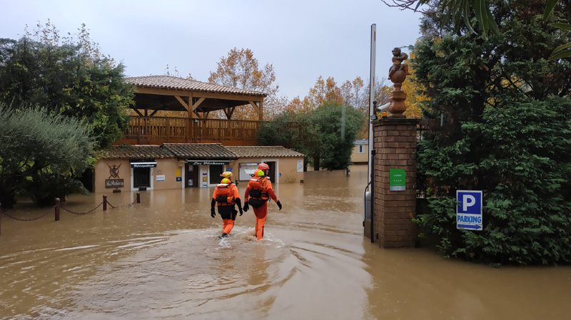 Inondations: une partie de la France passe en alerte rouge